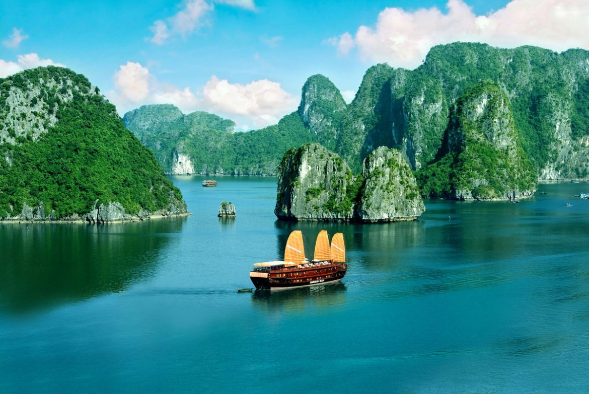 Visit Halong Bay when holiday to Vietnam