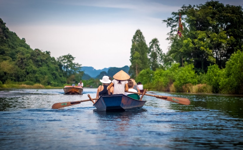 Visit Perfume Pagoda when Holiday to Vietnam