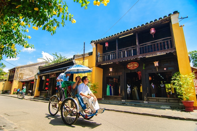 Indochina Holiday Packages - Streets of Hoi An