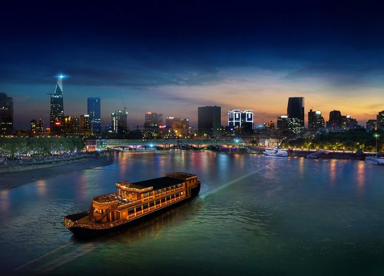 Have a Christmas dinner in Saigon River Cruise