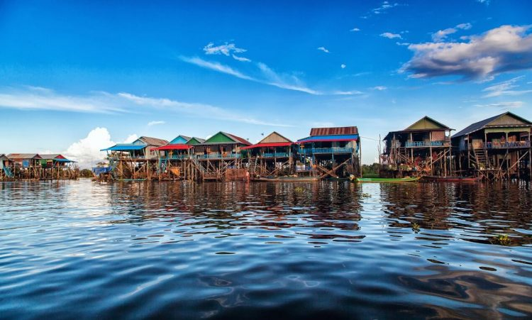 Tonle Sap Lake - travel agencies in cambodia