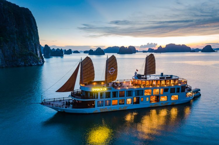 Why to choose a luxury tour operator when traveling to Vietnam and Cambodia