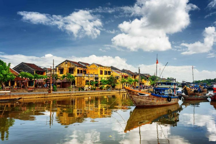 hoian-Vietnam-Fine-Arts-and-Culture-Tours-Must-Sees-for-Art-Lovers