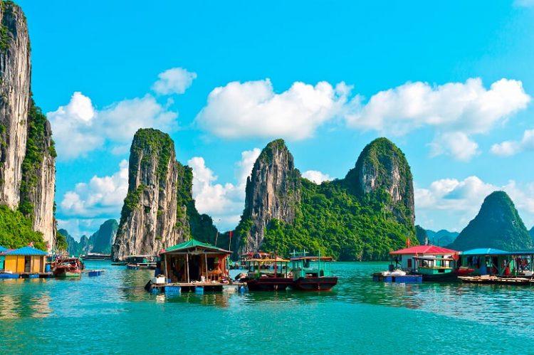 Sensing the Timeless Charm for 10 days in Vietnam