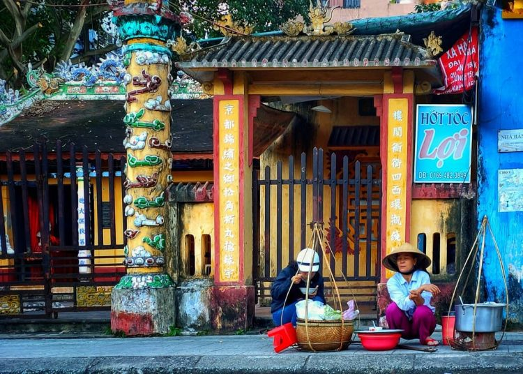 UNIQUE AND FUN THINGS TO DO WHILE YOU ARE IN HUE, VIETNAM
