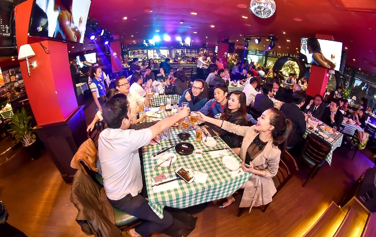 Exploring Hanoi nightlife – 7 must-visit destinations at the French Quarter