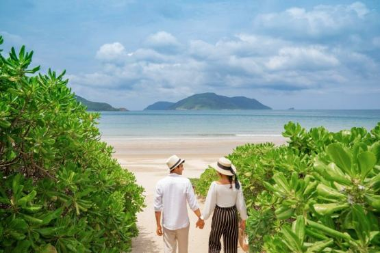 Top Romantic Activities For Honeymoon In Vietnam And Cambodia