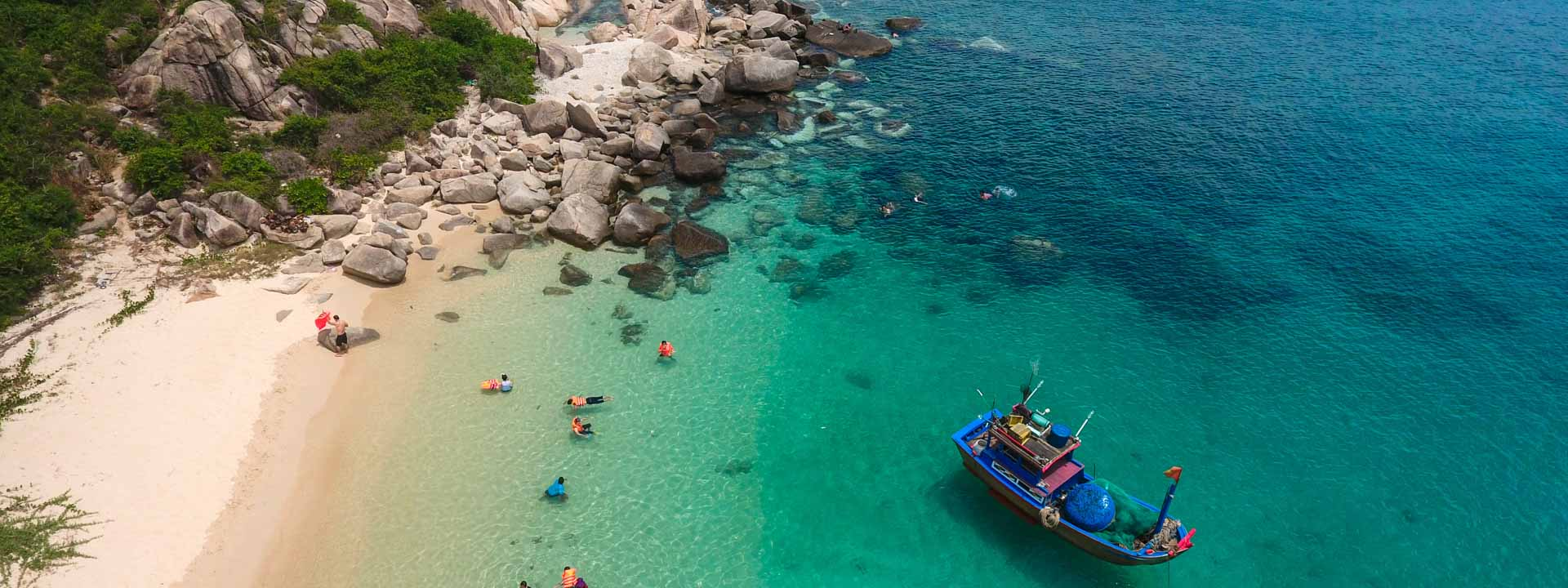 Nha Trang Islands & Snorkeling Full day Tour