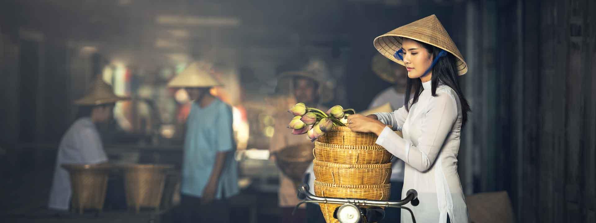 Amazing Hanoi and Ho Chi Minh City Tour 7 days