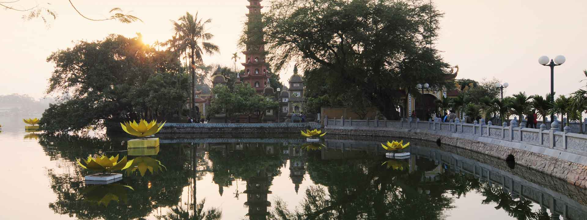 Discover Hanoi and Surroundings in Style 5 days