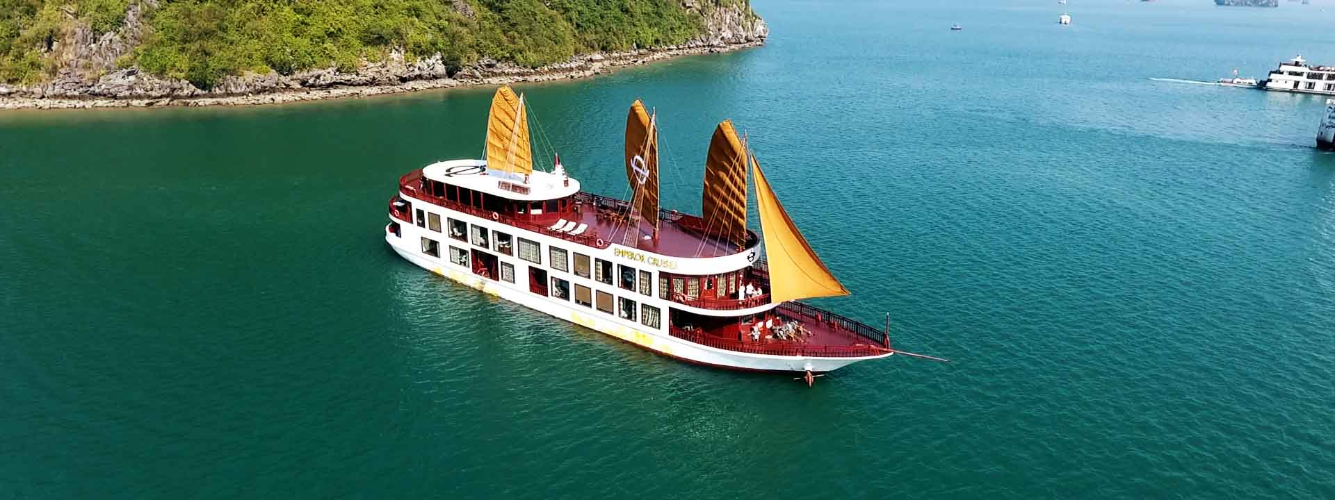 Fullday Cruise with fishing, snorkeling and more on Emperor Cruises