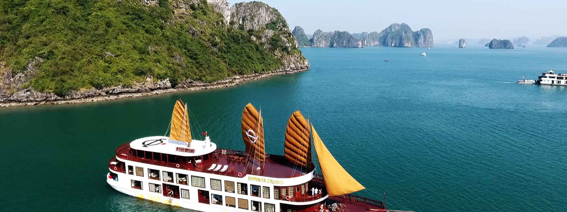 Experience the Royal Life with Paradise Luxury Cruise 3 days