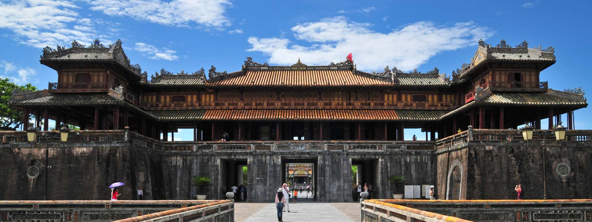 Emperors With An Insightful Tour Of Hue & Hoi An 5 Days