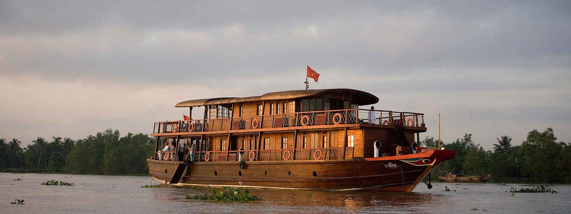 Mekong River cruise on The Toum Tiou I Saigon Phnom Penh 6 days
