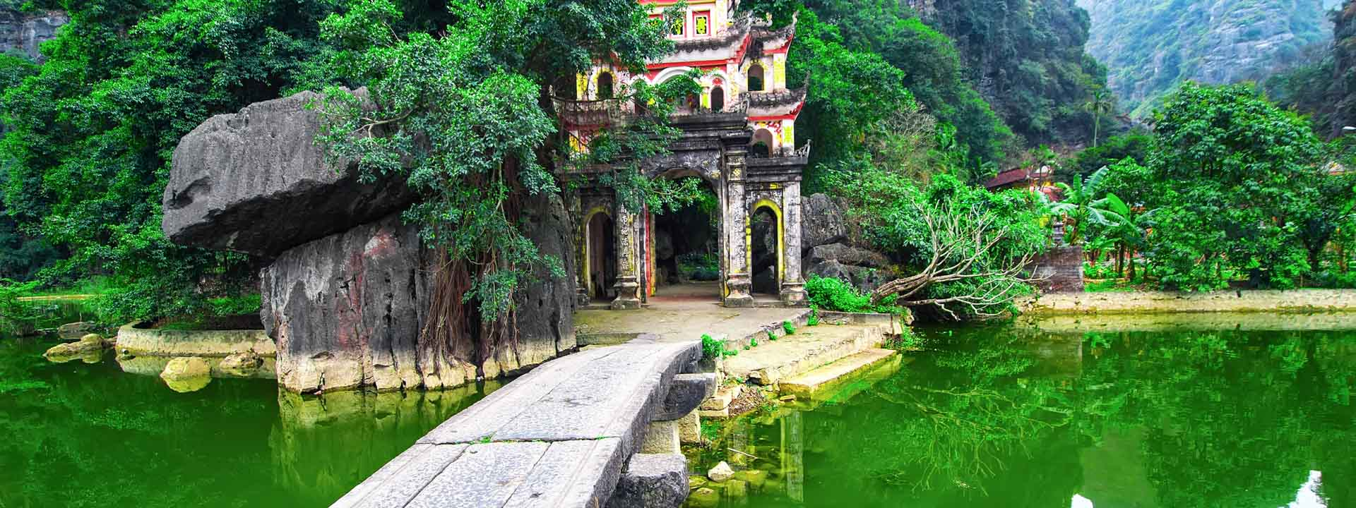 Luxe adventure Tour by Bike in Ninh Binh 3 days